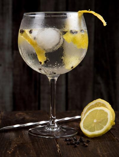 Gin Tonic premium caffe cornali